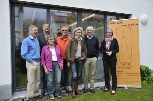 Der Vorstand der Freiburger Tafel: (v.l.n.r.) Herr Gangotena, Herr Volkelt, Frau Wita-Klippstein, Herr Dr. Weyer, Frau Theobald, Herr Müller und Frau Gündel
