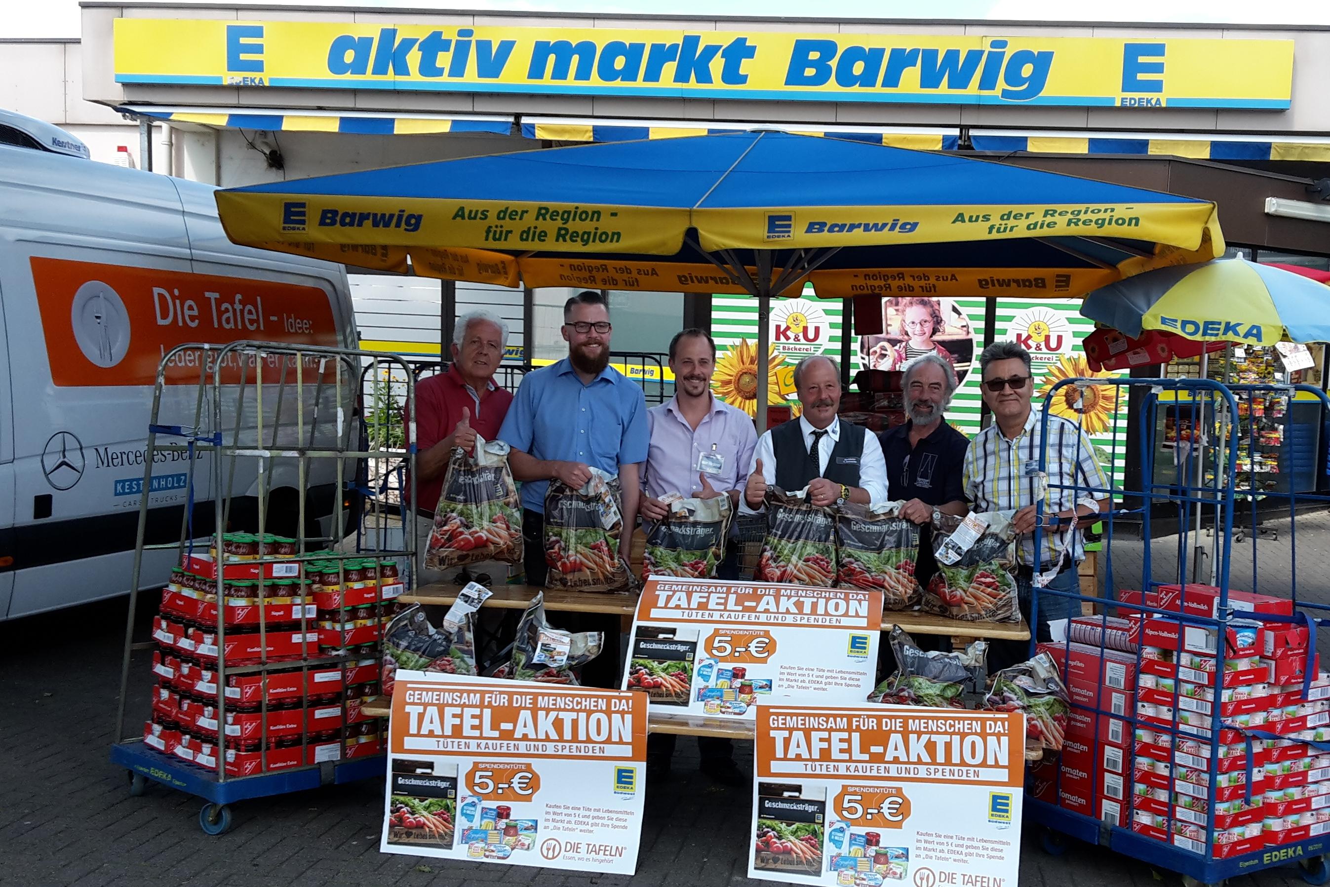 Das Barwig-Team: 800 Spendentüten für die Freiburger TAFEL ... Vielen Dank
